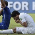 ¿Se debería suspender a Luis Suárez por morder al defensor italiano?