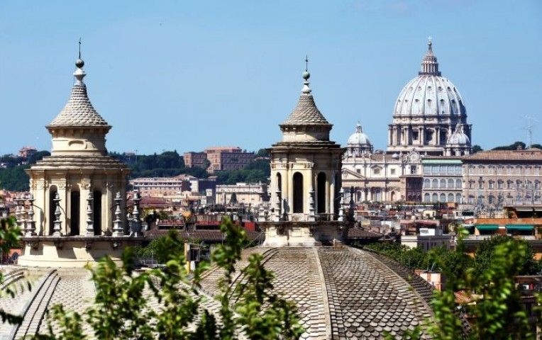 Vaticano: Iglesia Católica debería reprochar menos a los gais y sus hijos | Internacionales