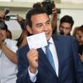 Comediante parte como favorito para segunda vuelta en elecciones en Guatemala