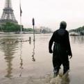 Francia: fuertes lluvias desbordan el río Sena