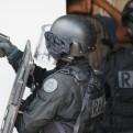 Francia: hombre mató a puñaladas a un policía en París