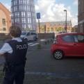 Bélgica: dos policías fueron atacados con un machete