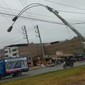 Callao: poste de luz está a punto de desplomarse