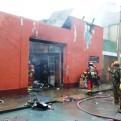 Breña: incendio consumió ferretería