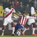 André Carrillo y Luis Advíncula vuelven a la selección peruana