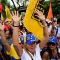 Venezuela: oposición se moviliza en las calles tras suspensión de revocatorio