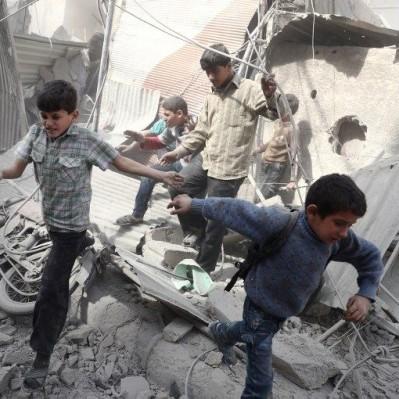 Siria: al menos 35 muertos deja bombardeo contra escuelas