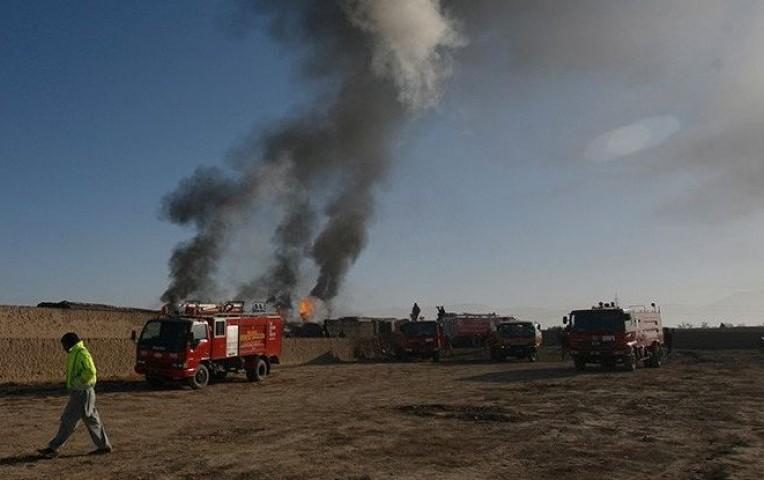 12 muertos por explosiones en buque desmantelado en Pakistán