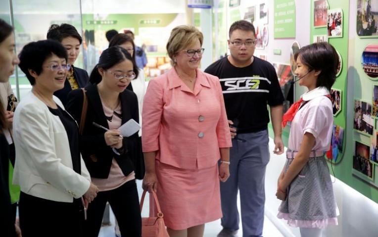 Primera dama Nancy Lange se reunió con esposas de líderes de APEC | Actualidad