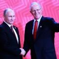 APEC 2016: Vladimir Putin invitó a PPK a visitar Rusia