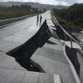 Chile: cancelan alerta de tsunami y restablecen electricidad