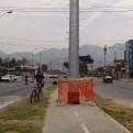 Los Olivos: panel publicitario invade todo un tramo de la ciclovía