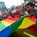 Gobierno publica decreto que sanciona discriminación contra personas LGTB