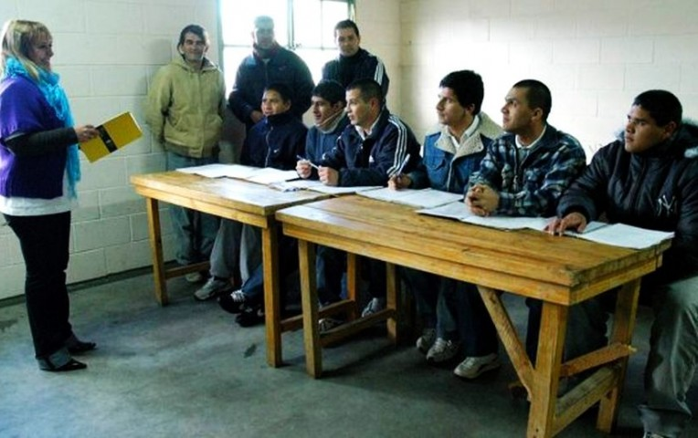 Internos en penales deberán terminar sus estudios en prisión | Actualidad