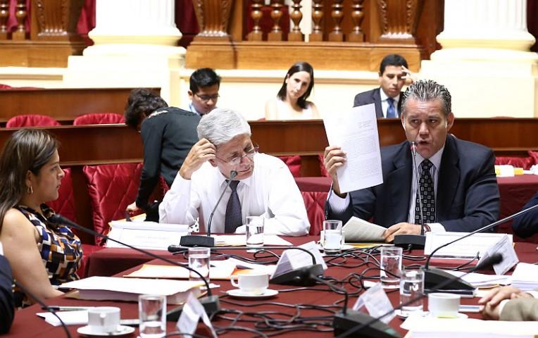 Frente Amplio decidirá el miércoles si saca Castro de comisión Lava Jato | Actualidad