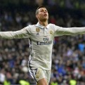 Real Madrid goleó 3-0 a la Real Sociedad por la Liga española