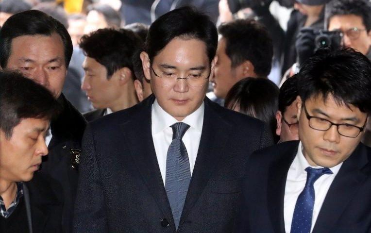 Detienen a heredero de Samsung por corrupción | Internacionales