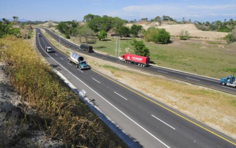 Colombia: ordenan terminar contrato de carretera Ruta del Sol II  | Actualidad