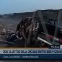 La Libertad: dos muertos deja choque entre bus y camioneta