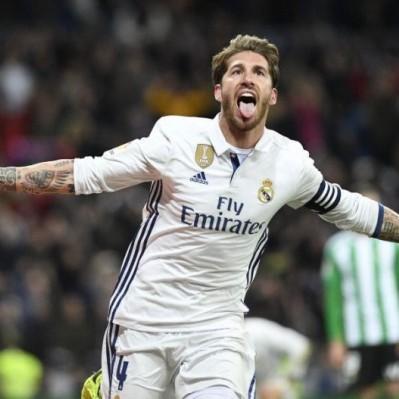 Real Madrid derrotó 2-1 al Betis y recuperó el liderato de la Liga