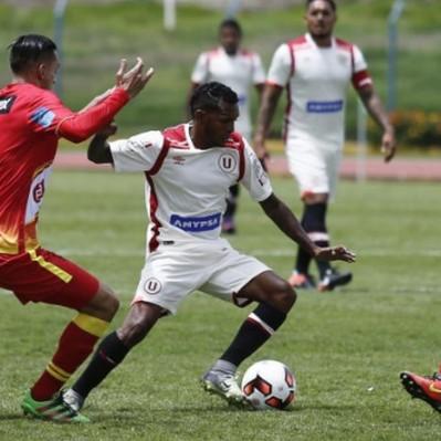 Universitario perdió 2-1 ante Sport Huancayo y sigue sin reaccionar
