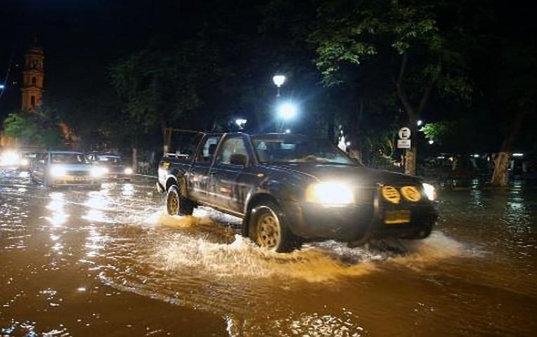 Lluvia torrencial en Piura. Foto: Andina