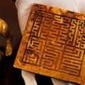China: encuentran río con 10 mil objetos de oro y plata