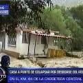 Huarochirí: otra casa a punto de colapsar por la crecida del río