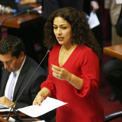 Acusan al hermano de Cecilia Chacón de contratar con el Estado