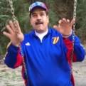 Nicolás Maduro dio mensaje por Semana Santa desde un columpio