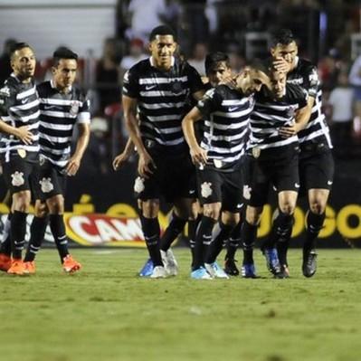 En el regreso de Christian Cueva: Sao Paulo cayó 2-0 ante Corinthians
