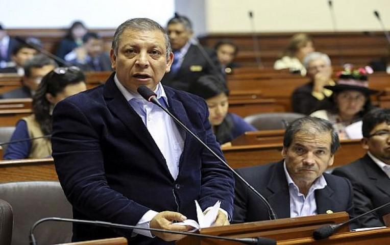 Congresistas de Frente Amplio se mostraron contra las declaraciones de Apaza | Actualidad