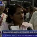 Trabajadores del Ministerio de Defensa piden salida de secretaria general