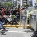 Venezuela: un militar murió y suman tres los fallecidos en protestas
