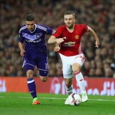 Manchester United a 'semis' de la Europa League tras vencer a Anderlecht