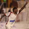 Universitario venció 3-1 a UTC en el Monumental con goles panameños