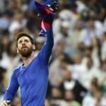 Messi le dio el triunfo al Barcelona ante Real Madrid en el Bernabéu