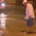 El Agustino: rotura de tubería causó aniego en avenida Riva Agüero