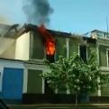 Centro de Lima: incendio consume casona en la avenida Tacna