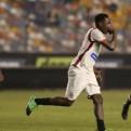 Universitario goleó 3-0 a Comerciantes y cerró el Torneo de Verano