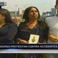 Madres que perdieron a sus hijos en accidentes de tránsito realizan protesta