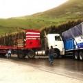 Pasco: impacto frontal de camiones dejó dos heridos de gravedad