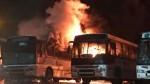 Venezuela: incendian decenas de buses, gobierno y oposición se culpan - Noticias de venezuela