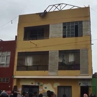 San Martín de Porres: Bomberos controlaron incendio en taller