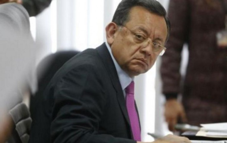 Ministerio Público abrió investigación a contralor por compra de autos