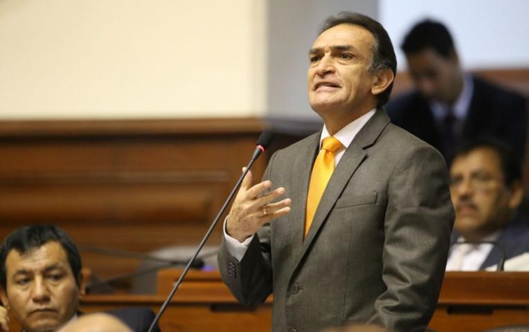 Implican a Becerril en injerencia política para favorecer a empresa azucarera