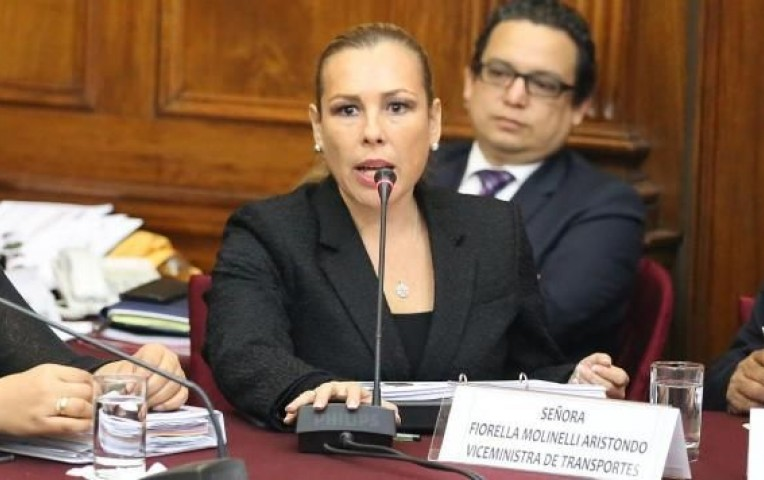 PERÚ: Designan a Fiorella Molinelli viceministra de Construcción y Saneamiento