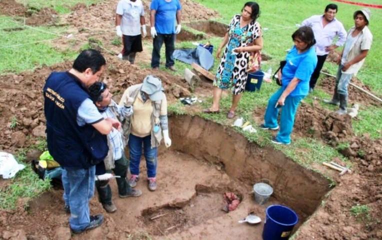 Fiscalía exhumó restos de presunta víctima en Yanajanca — Caso Madre Mía