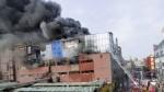Las Malvinas: cenizas de incendio permanecerán en el ambiente varios días - Noticias de digesa