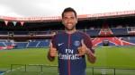 ¡OFICIAL! Dani Alves es nuevo jugador del París Saint-Germain - Noticias de afp videos